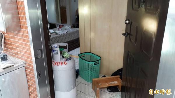 台中市北屯區熱河路一間出租套房中在14日傳出濃濃臭味,警方到場後發現一具發黑乾屍。圖為示意圖。(資料照)