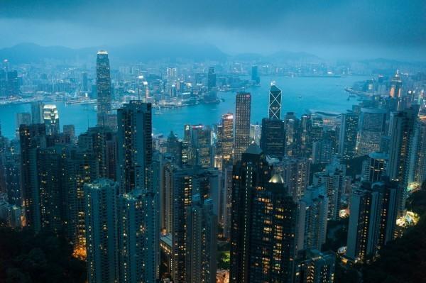 香港大學民意研究計畫民調顯示,港人對「中國人」的身分認同創傘運過後新低。(歐新社)
