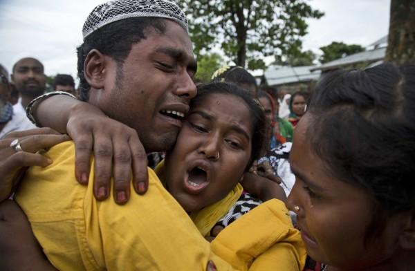印度當局為打擊盜獵,下令拆除卡濟蘭加國家公園附近的3個村落,當地居民和警方爆發衝突,已經造成2人死亡。(美聯社)