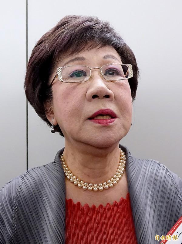 是否會脫黨參選台北市長,前副總統呂秀蓮31日在桃園機場表示,「不排除任何可能」。(資料照)