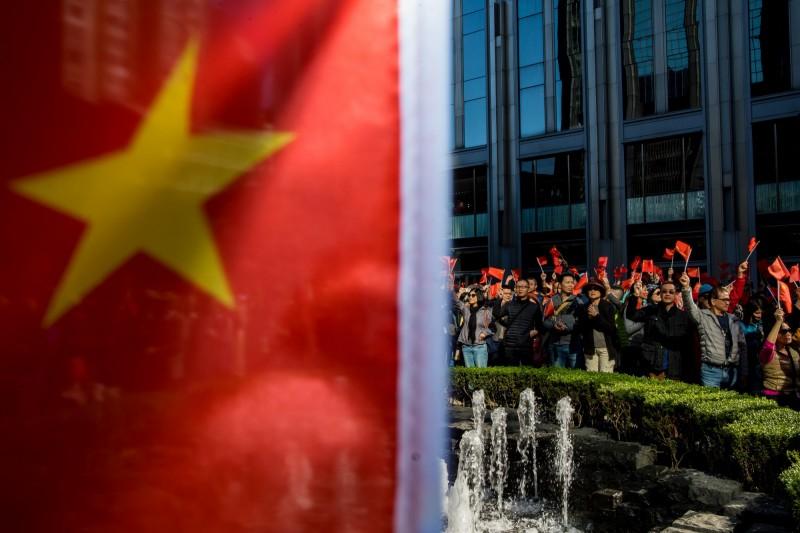 《路透》報導,中國使館去函捷克總統辦公室,警告若議長訪台將對企業進行報復。(彭博)