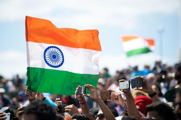 自印度政府阻擋民眾造訪上百個色情網站3個月後,其他線上服務網站也陸續被封殺。(法新社)