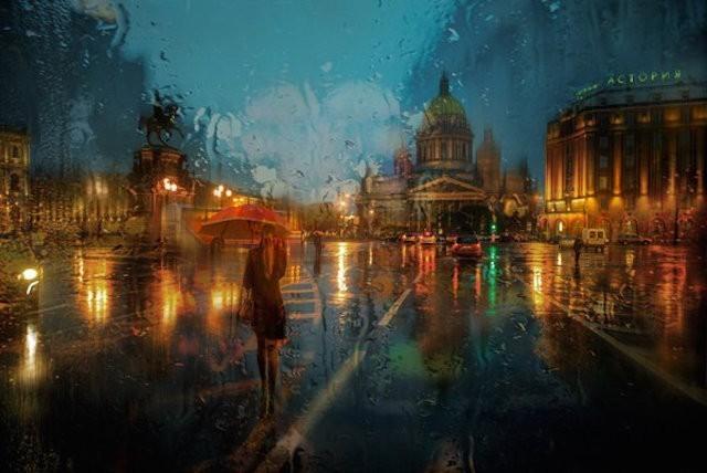 戈迪夫打破雨天給人惆悵、哀傷的感覺。(圖取自Eduard Gordeev個人網站)