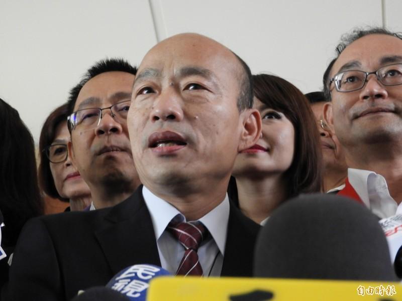 高雄市長韓國瑜昨下午出席全中運開幕式,身為主辦城市市長、今年全中運執委會的韓,被指在運動員們尚未進場的情況下,提前上台、致詞1分多鐘就快閃離開,留下在場一片錯愕。(資料照)