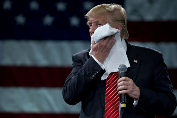 美國總統川普最近指控前總統歐巴馬,曾在大選期間竊聽他的電話。(彭博)