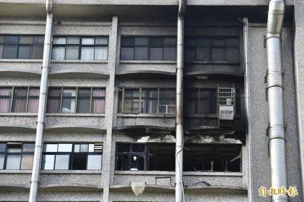 疑為起火點的7A23病房。(記者羅沛德攝)