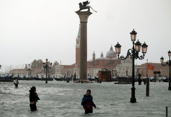 義大利風災致死人數已增至11人。(路透)