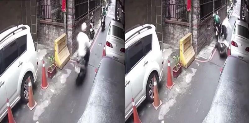 老伯在巷道內快速騎車,被網友認為與來車互不相讓而碰撞。(圖擷取自爆廢公社)