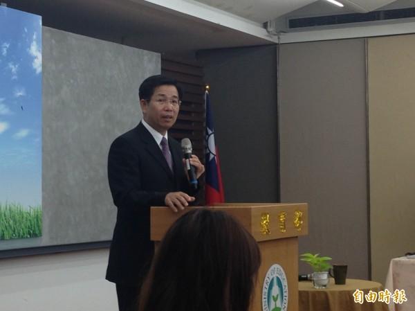 教育部長潘文忠今早召開上任記者會。(記者林曉雲攝)
