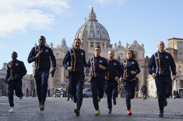 梵蒂岡今(10)日成立官方田徑隊,成員有修女、神父等人。(美聯社)
