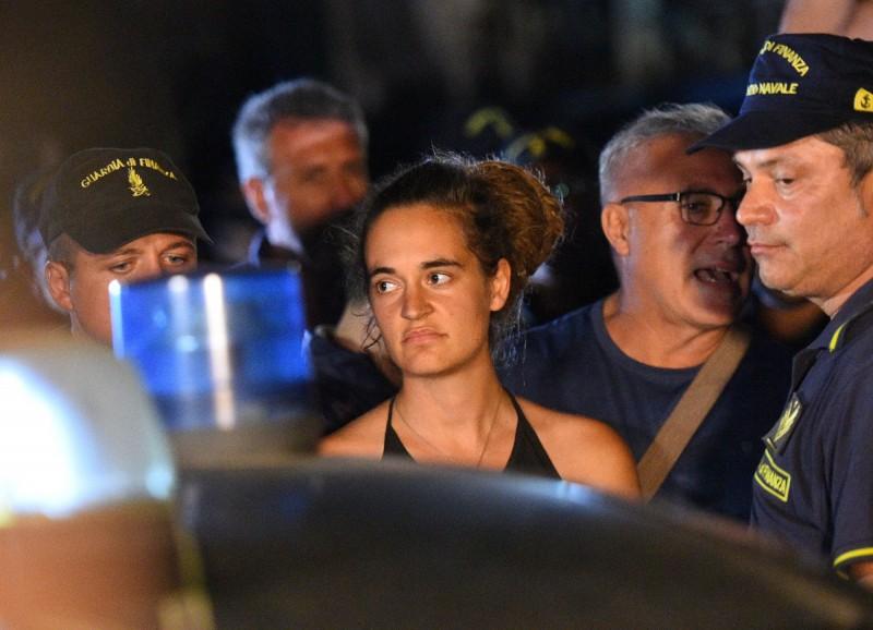 圖為6月29日被義大利警方逮捕,於7月2日獲釋的德籍女船長拉奇德(Carola Rackete)。(路透)