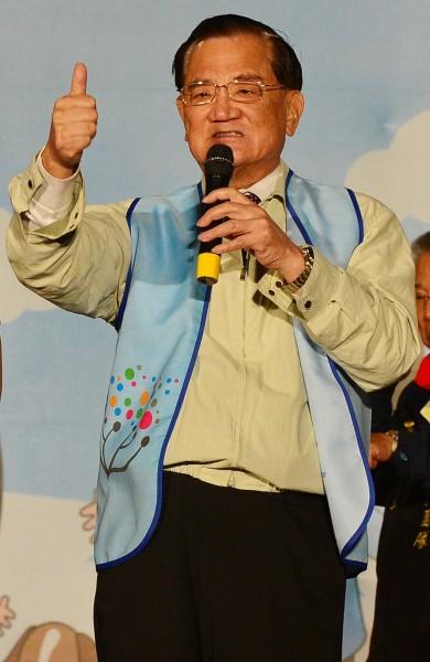 國民黨榮譽主席連戰護兒心切,日前以言語羞辱無黨籍台北市長柯文哲。(資料照,記者王藝菘攝)