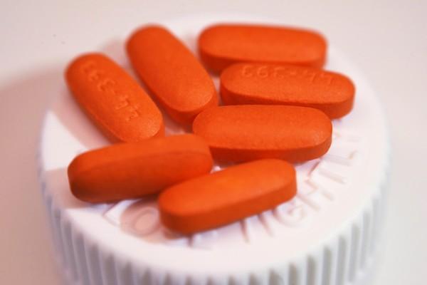 由大塚製藥和普羅透斯數位健康公司所製造、內嵌感應器的「數位藥丸」今日獲得美國食品暨藥物管理局批准。圖為示意圖。(美聯社)