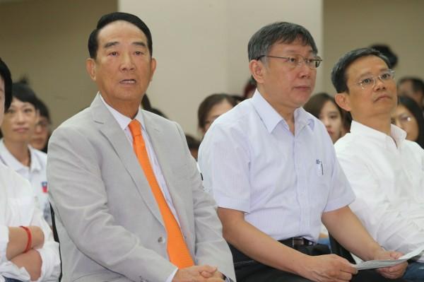 屢戰屢敗的親民黨主席宋楚瑜是否將東山再起,將是政壇關注焦點。(資料照)