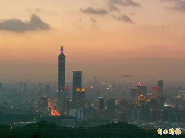 溫朗東認為讓北漂族痛苦的並不是高雄,而是台北的既得利益者,包括高房價與房東。(資料照)