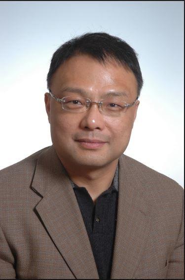 中國南京大學學者朱鋒(見圖)去年1月結束美國行,到洛杉磯機場準備搭機返國時,在登機門前被美國聯邦調查局(FBI)探員擋住去路,當面塗銷10年效期的美國簽證。(擷取自網路)