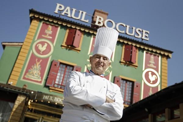 包庫斯於美食之都里昂所開的的餐廳從1965年開始被評為米其林三星等,並維持至今,前後超過50年。(美聯社)
