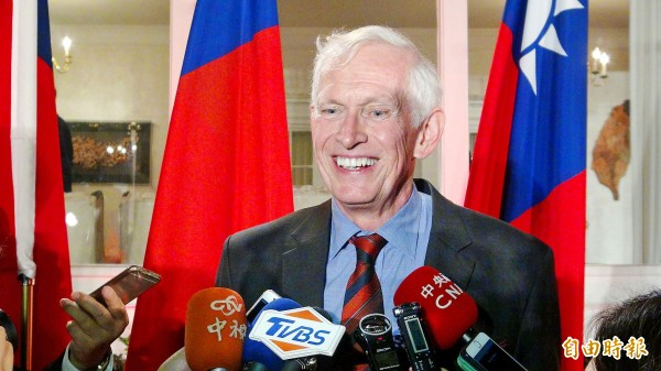 American Institute in Taiwan Chairman James Moriarty talks to reporters at the Twin Oaks estate in Washington on Wednesday. Photo: CNA