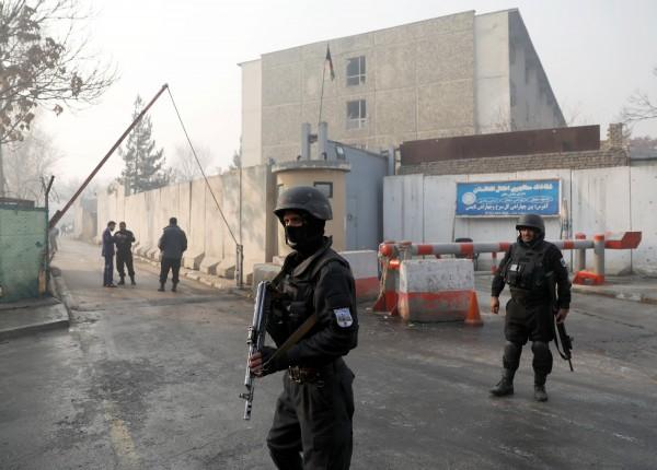 阿富汗各地警力近日遭受恐怖组织塔利班袭击,导致警方人员21死23伤。(路透)