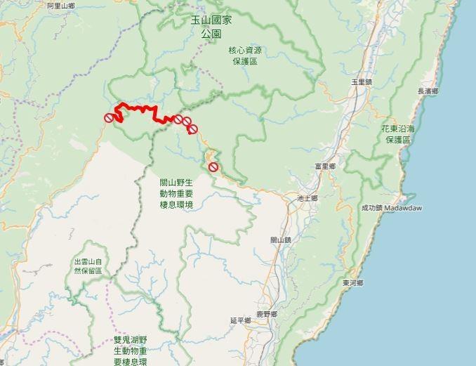 台東縣海端鄉台20線175K+500處,發生道路邊坡坍方,目前封閉搶修。(擷取自交通部公路防救災資訊系統)