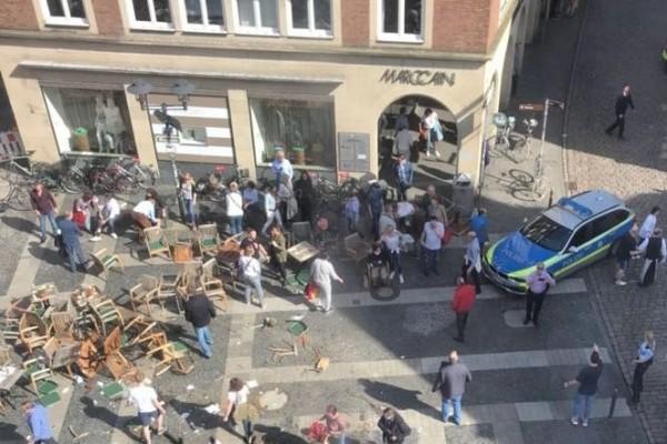德國西部城市明斯特剛剛驚傳有車輛衝撞行人的事件,目前傳出造成3人死亡30人受傷。(圖擷自推特)