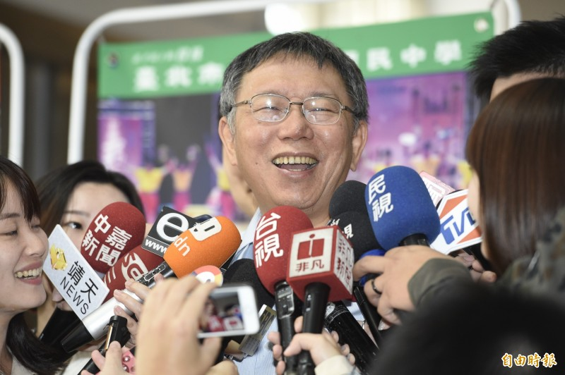 昨在議員王世堅質詢時間結束、麥克風消音時,台北市長柯文哲罵了一句「垃圾(台語)」,柯文哲今不諱言「也不是罵什麼,就是看到什麼就說什麼。」(記者叢昌瑾攝)