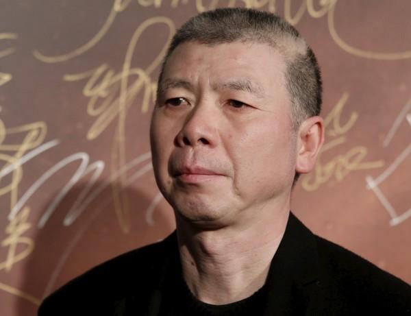 中國導演馮小剛網曬古典音樂光碟,遭音樂頻道打臉「碟是盜版」。(路透)