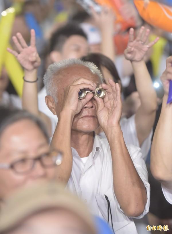 台北市長候選人柯文哲今天在他口中的市政改革起點「北門」舉辦「光榮城市」園遊會。(記者黃耀徵攝)