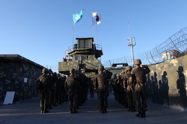 南韓當局計畫再購買2部以色列製造的彈道飛彈預警雷達系統。圖為南韓軍隊。(歐新社)