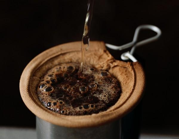 最近1項最新研究指出,每天喝3-4杯咖啡,罹患糖尿病的機率可以降低大約25%。(情境照)