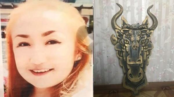 25岁的迪娜.依根别尔德(图左)是新疆艺术学院毕业的高材生,主要从事哈萨克民族传统绘画。(图撷取自推特)