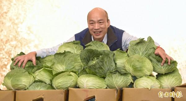 根據北農內部資料顯示,韓國瑜擔任北農總經理期間,開始從中國進口大量水果,從原本32.4噸激增到346.6噸,暴增超過10倍(資料照)