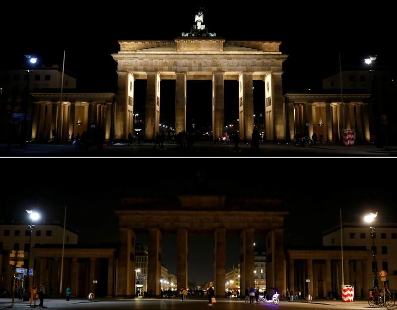 德國柏林著名地標布蘭登堡門(Brandenburg Gate)響應「地球一小時」活動。(路透)