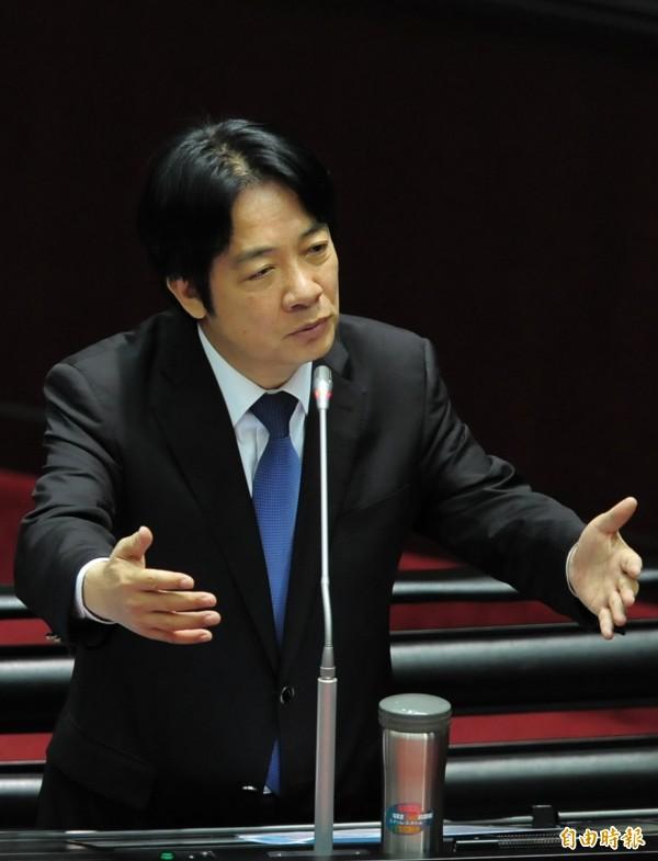 行政院院長賴清德(見圖)今天到立法院備詢,答覆立委賴士葆質詢時說,台灣的確跟美國同樣追求自由民主,如果可以建交,這是非常好的事情,可以朝這方向努力。(記者王藝菘攝)