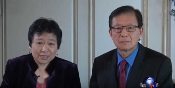 龔小夏(左)、東方(右)去年採訪郭文貴,隨即被《美國之音》停職調查。(擷自Youtube)