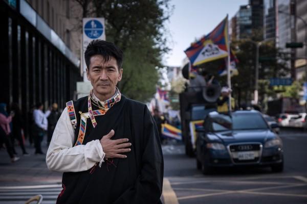 扎西慈仁曾說,台灣應看西藏的歷史,「我們根本不相信中共。」(圖取自Tashi Tsering臉書)