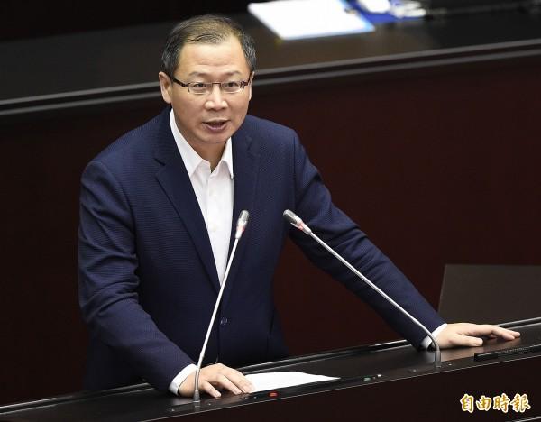 吳志揚今接受廣播節目訪問,讚鄭文燦經營有方,宣布不再競選桃園市長。(資料照)