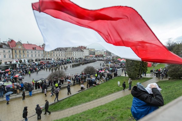 波蘭檢方18日表示,在當地破獲一個國際詐騙集團,逮捕48名台灣嫌犯和2名波蘭人,他們在1年內詐騙中國人180萬歐元(約新台幣6500萬元)。(歐新社資料照)