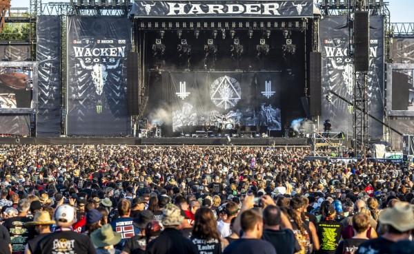 今年德國重金屬搖滾「瓦肯音樂節」傳有2名阿公為此逃出養老院,被外界視為搖滾精神不死的象徵,但警方證實「攏係假ㄟ」。(歐新社)