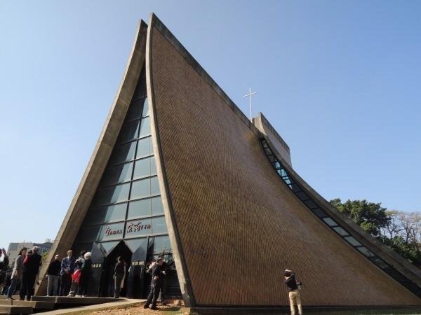 路思義教堂是貝聿銘在台灣最廣為人知的知名地標,更已升格為國定古蹟。(資料照,記者蔡淑媛攝)