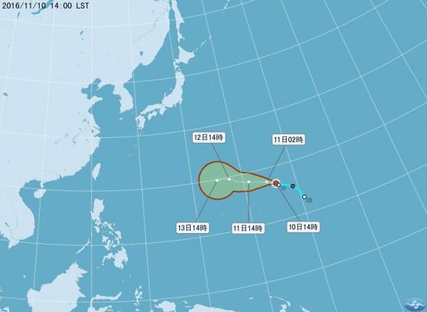 氣象局表示,輕颱馬鞍於今下午2時正式生成,圖為馬鞍颱風未來72小時路徑潛勢圖。(中央氣象局)