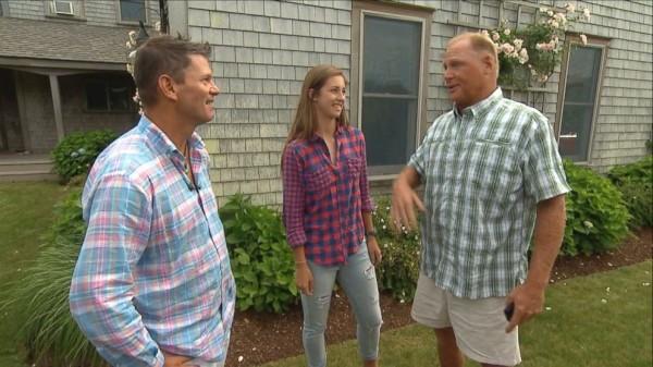 父女兩人非常慶幸自己還可以接受訪問。(圖取自ABC News)