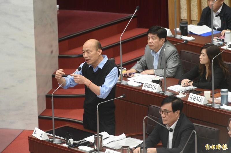 韓國瑜今天面對質詢,又再次以發大財為口號回覆市議員。(資料照)