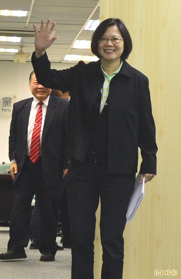 民進黨黨主席蔡英文出席主持會議。(記者王藝菘攝)