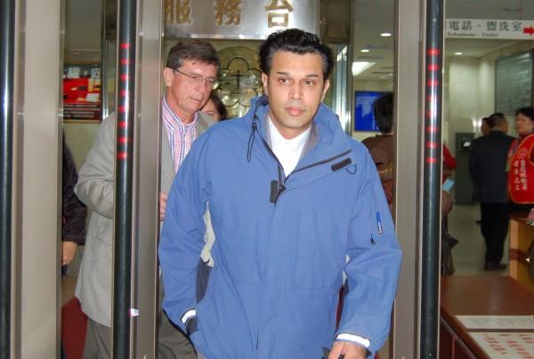 英商林克穎酒駕撞死送報生後潛逃回英,英國蘇格蘭愛丁堡地方法院6月間判決林須引渡回台,林昨天上訴。(資料照,記者劉志原攝)
