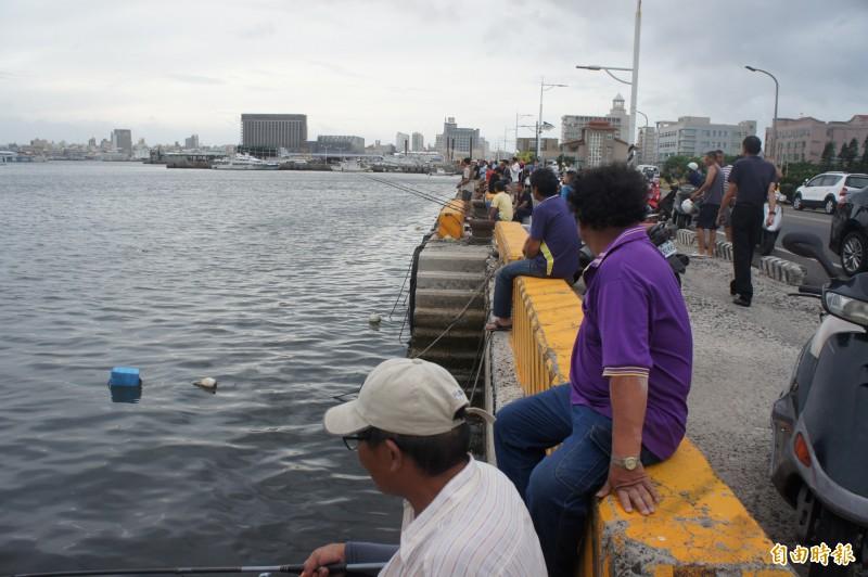 「釣客會攻擊漁船」 金山漁會反對開放漁港垂釣