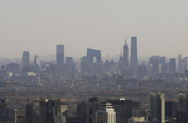 多年來中國地方GDP「增速高於全國、總量大於全國」的統計亂象引發公眾質疑。圖為北京。(路透)