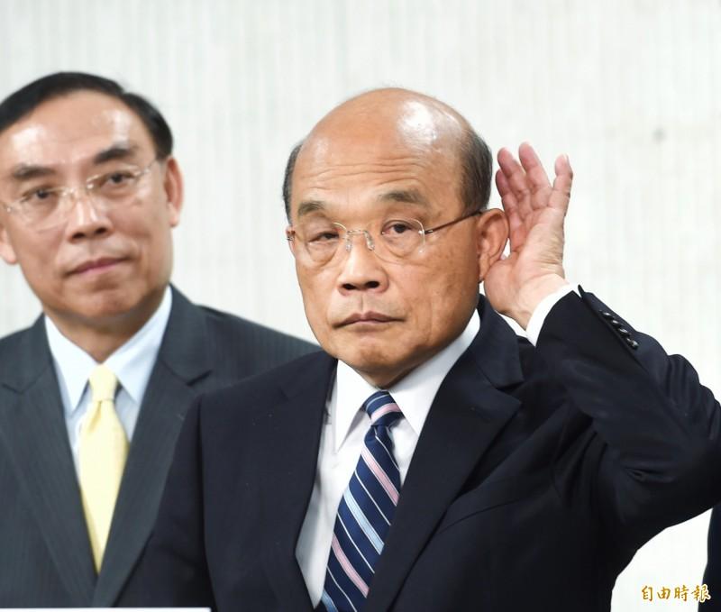 蘇貞昌跟韓國瑜看法不同,曾跟孫女討論過,認為民進黨比較像妖怪手錶、電影金剛狼裡面的角色。(記者方賓照攝)