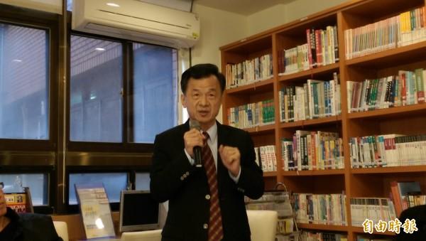台北地檢署昨天起訴前總統馬英九,法務部長邱太三下午被問到感想時,表示:「尊重司法」。(記者項程鎮攝)