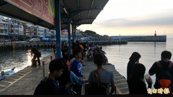 小琉球上半年遊客量總和首度超越大鵬灣。(記者陳彥廷攝)